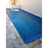 construção de piscinas residencial Poá